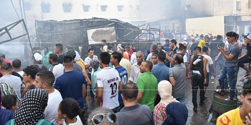 Fès: Magasins et appartements ravagés par le feu à Bendebbab