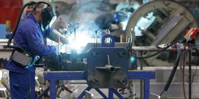 Conjoncture: L'industrie reprend de la forme