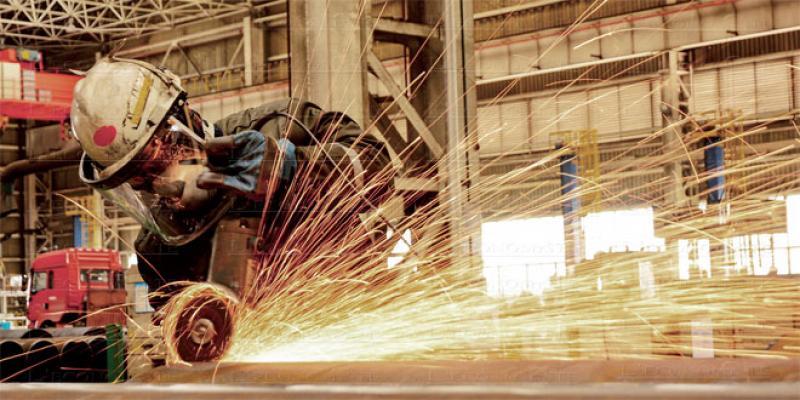 Industrie: Amélioration mensuelle de la production