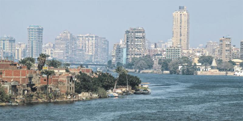 Le Caire, une civilisation millénaire, une population accueillante, un bakchich omniprésent…