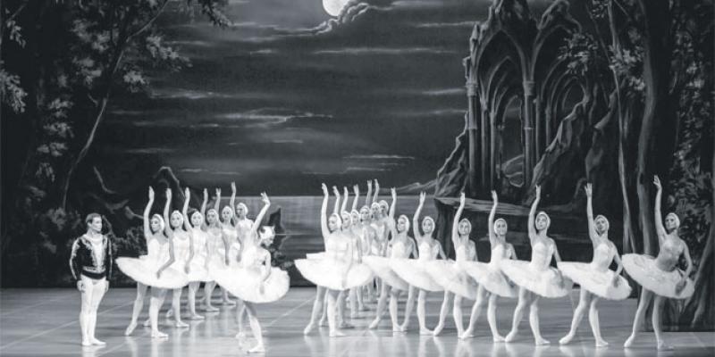 Le Lac des Cygnes, un monument de danse classique à Rabat