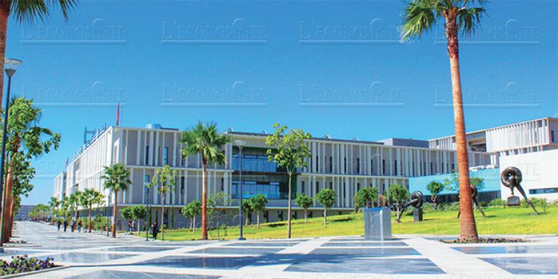 Fès: L'UEMF ouvre sa faculté de pharmacie
