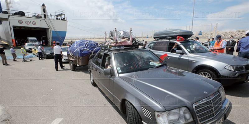 MRE: Le premier ferry en images