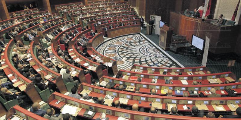 Déconfinement: Les députés pointent l'absence de vision
