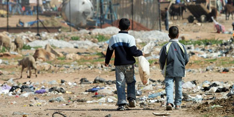 Près d'un enfant sur cinq pauvre et vulnérable