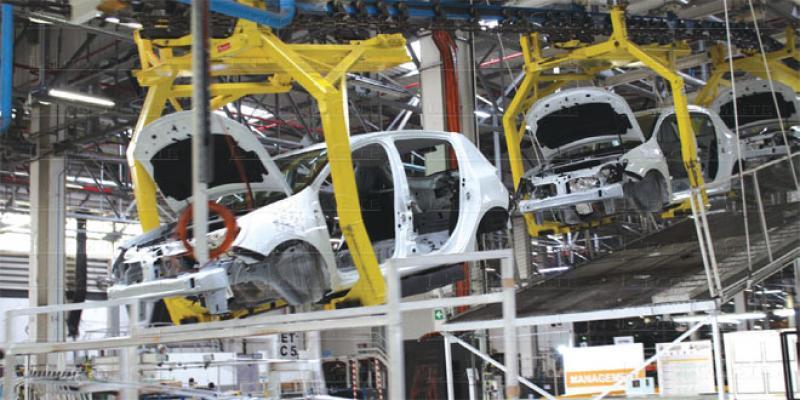 Industrie: Reprise en rang dispersé