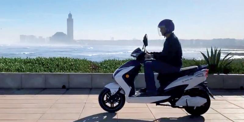 Les 1ers scooters électriques sur nos routes