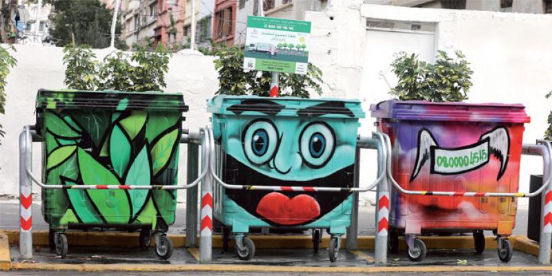 Quand le street art investit les bacs à ordures casablancais