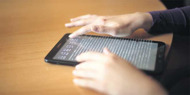 Une tablette en braille pour les non-voyants