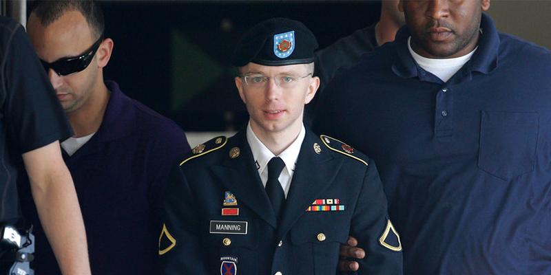 Obama permet à Chelsea Manning d'être libérée plus tôt — Wikileaks