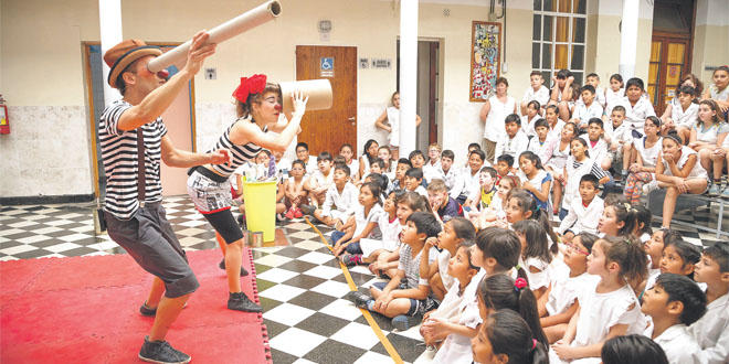 cirque_pour_apprendre_le_recyclage.jpg