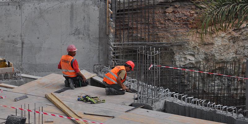 En col re les professionnels du b timent rejettent la loi sur l urbanisme l 39 economiste for Loi sur les constructions