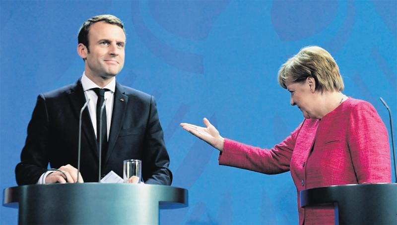 Merkel et Macron prêts à un changement de traité pour réformer l'Europe
