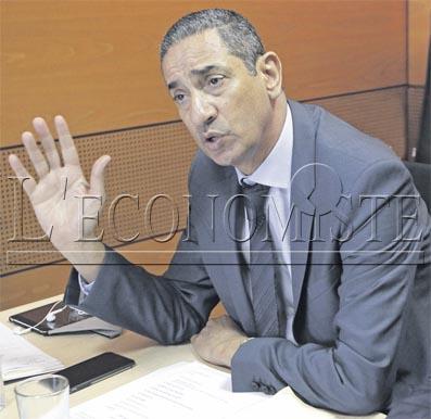 Droit de gr ve un amortisseur des relations sociales l for Chambre public affairs
