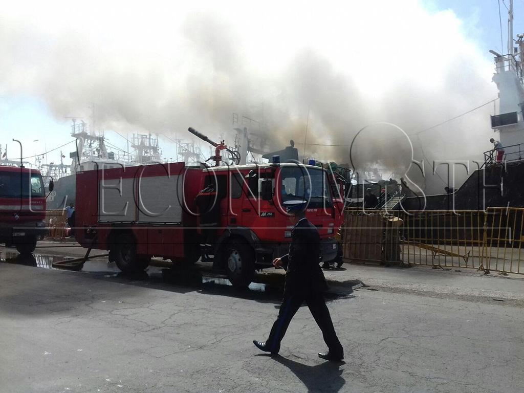 Diapo agadir un incendie se d clare au port l 39 economiste for Portnet maroc