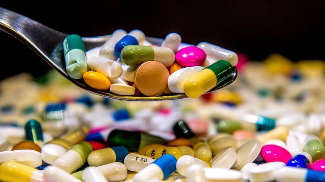 les-francais-consomment-toujours-trop-de-ces-medicaments-malgre-des-annees-de-sensibilisation-au-risque-de-rendre-certaines-bacteries-resistantes-souligne-l-ocde-dans-son-panorama-de-la-sante-201.jpg