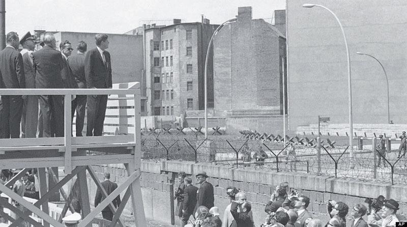 mur-de-berlin-076.jpg