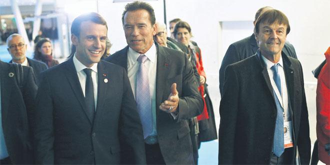 Macron et Schwarzenegger s'apprécient et passent leur temps à le montrer — Vidéo
