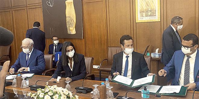 trois_ministres_au_chevet_du_tourisme_mohamed_amekraz_a_dr.jpg