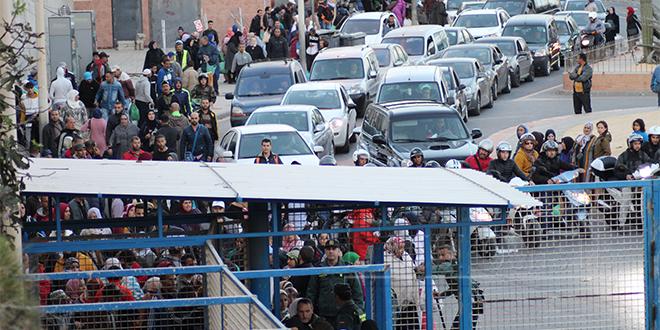 Sebta: Une centaine de Marocains bloqués à la frontière