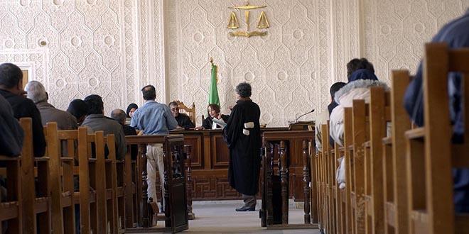 Algérie: 15 et 12 ans de prison pour deux ex-Premiers ministres