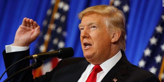 Trump critique la Russie avant de rencontrer Poutine