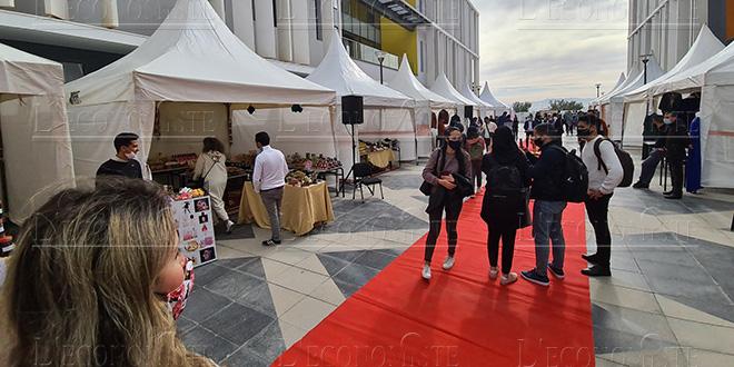Fès: Les étudiants de l'UEMF solidaires avec les artisans