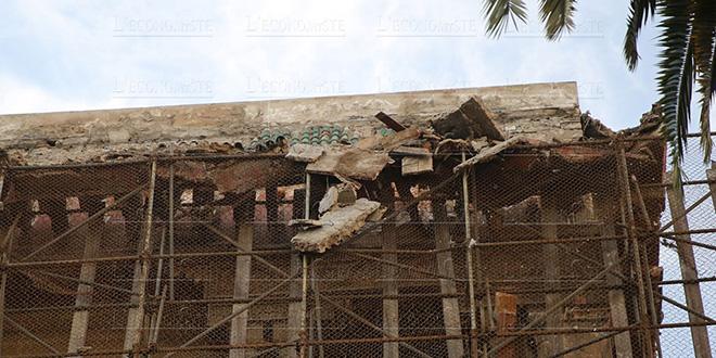 Hôtel Lincoln: Des pierres tombent et bloquent le tramway