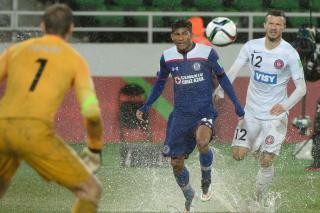 Le club Mexicain de Cruz Azul s'est qualifié, samedi soir, pour les demi-finales de la Coupe du monde des clubs, en battant la formation australienne de Western Sydney Wanderers (3-1 après prolongations).